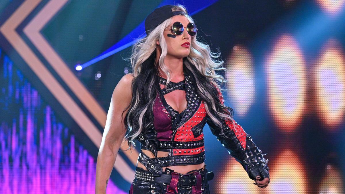 Zoey Stark vs. Toni Storm - Franky Money Suspends Toni ...
