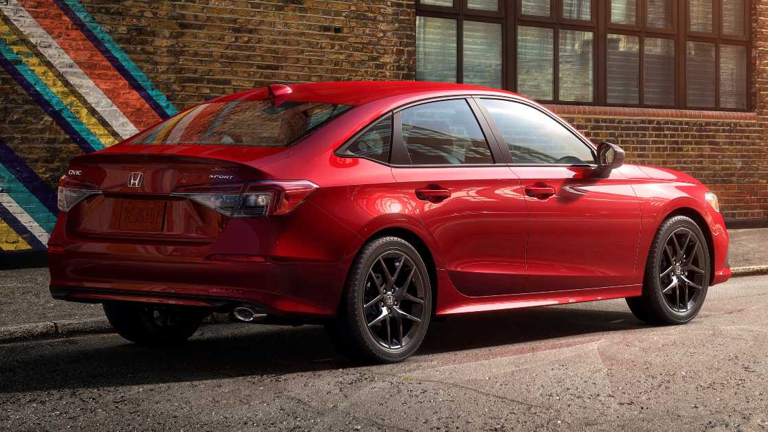 The 36 mm increase in wheelbase promises to free up more rear seat space in the 2022 Honda Civic.  Photo: Honda
