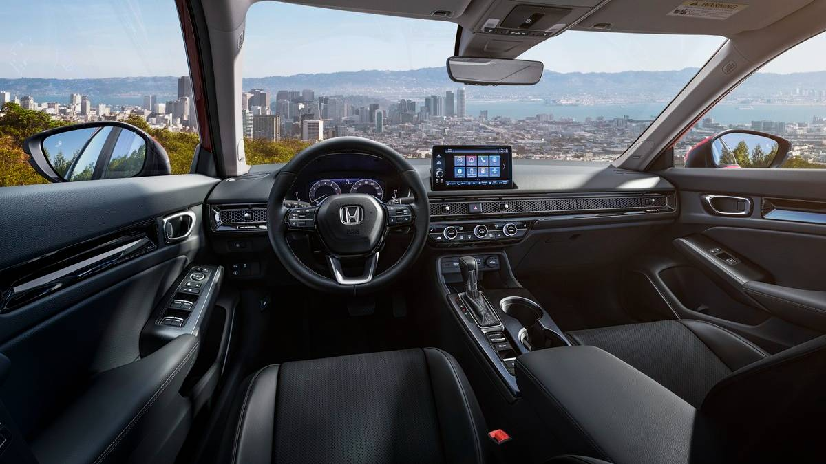 2022 The Honda Civic carries dual display settings inside.  Photo: Honda