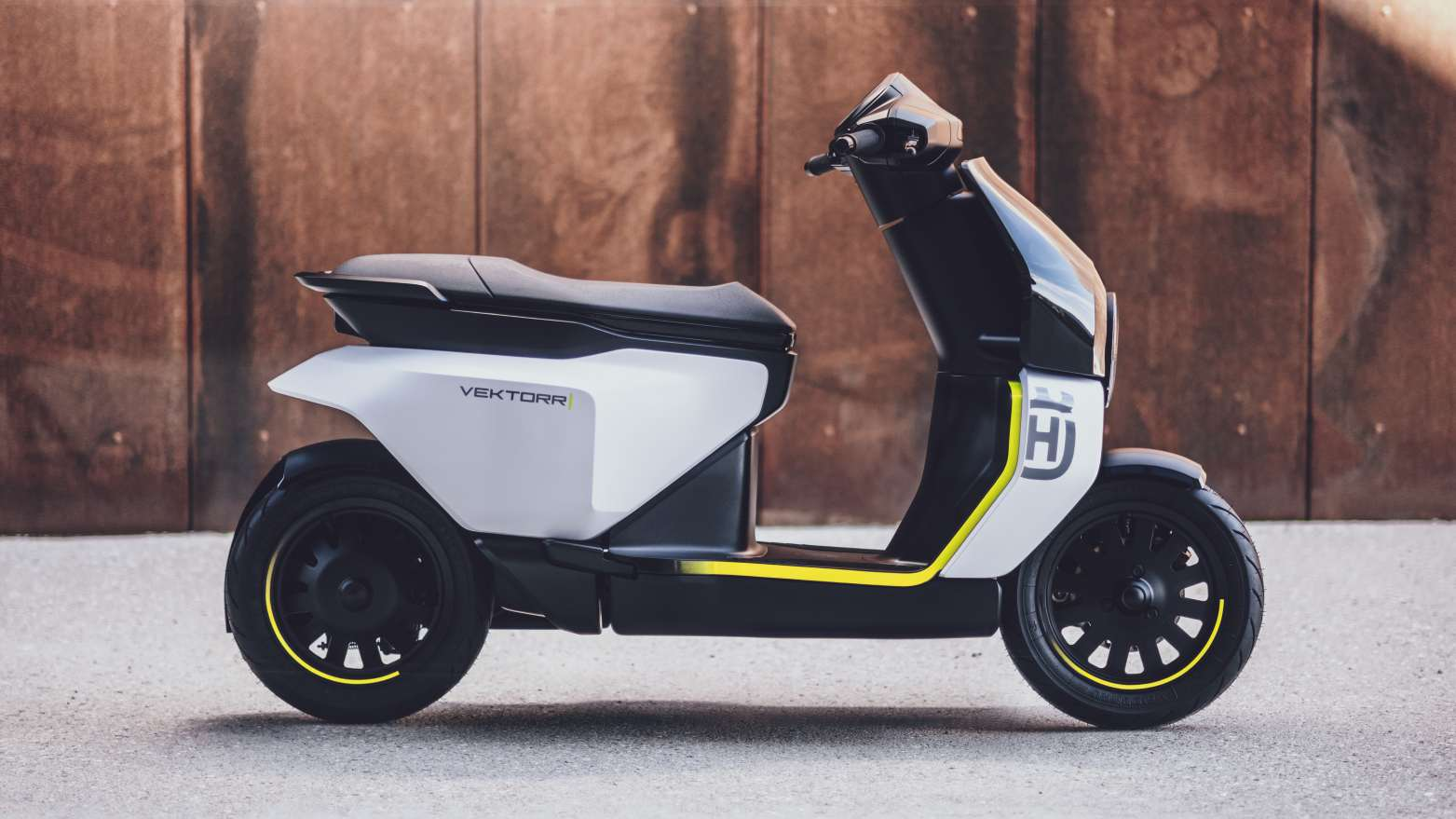The vector's 12-inch alloy wheels are featured thanks to the single-sided front suspension and swivel arm.  Photo: Husqvarna