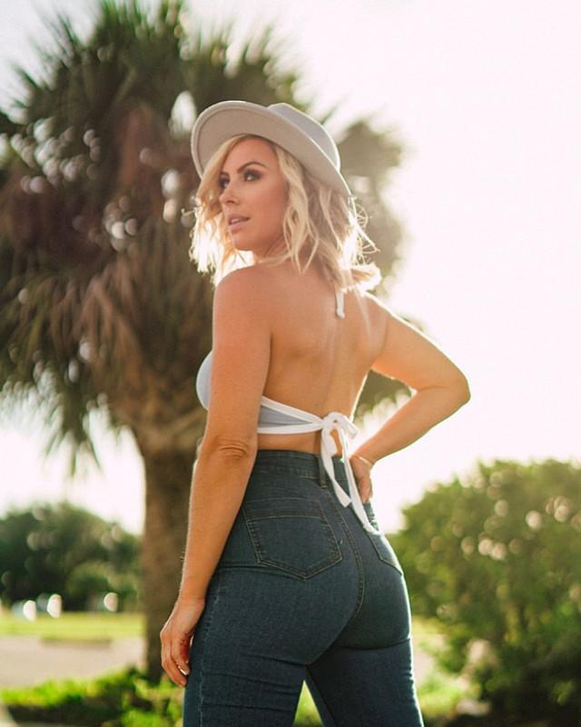 WWE Women 🌸, Sarah Schreiber 💋