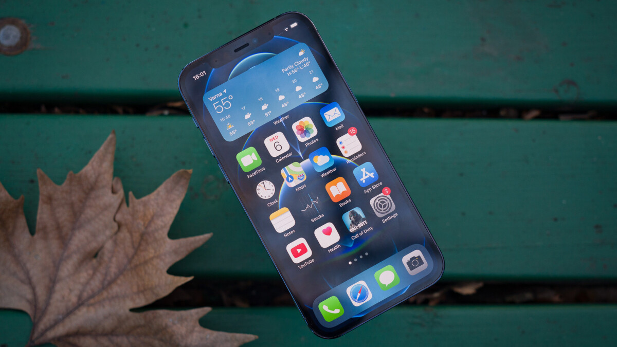 Apple's iPhone 13 Pro uses 120 Hz LTPO monitors from Samsung