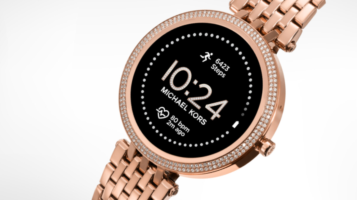 Save over $ 100 on the stylish Michael Kors Gen 5E smart watch