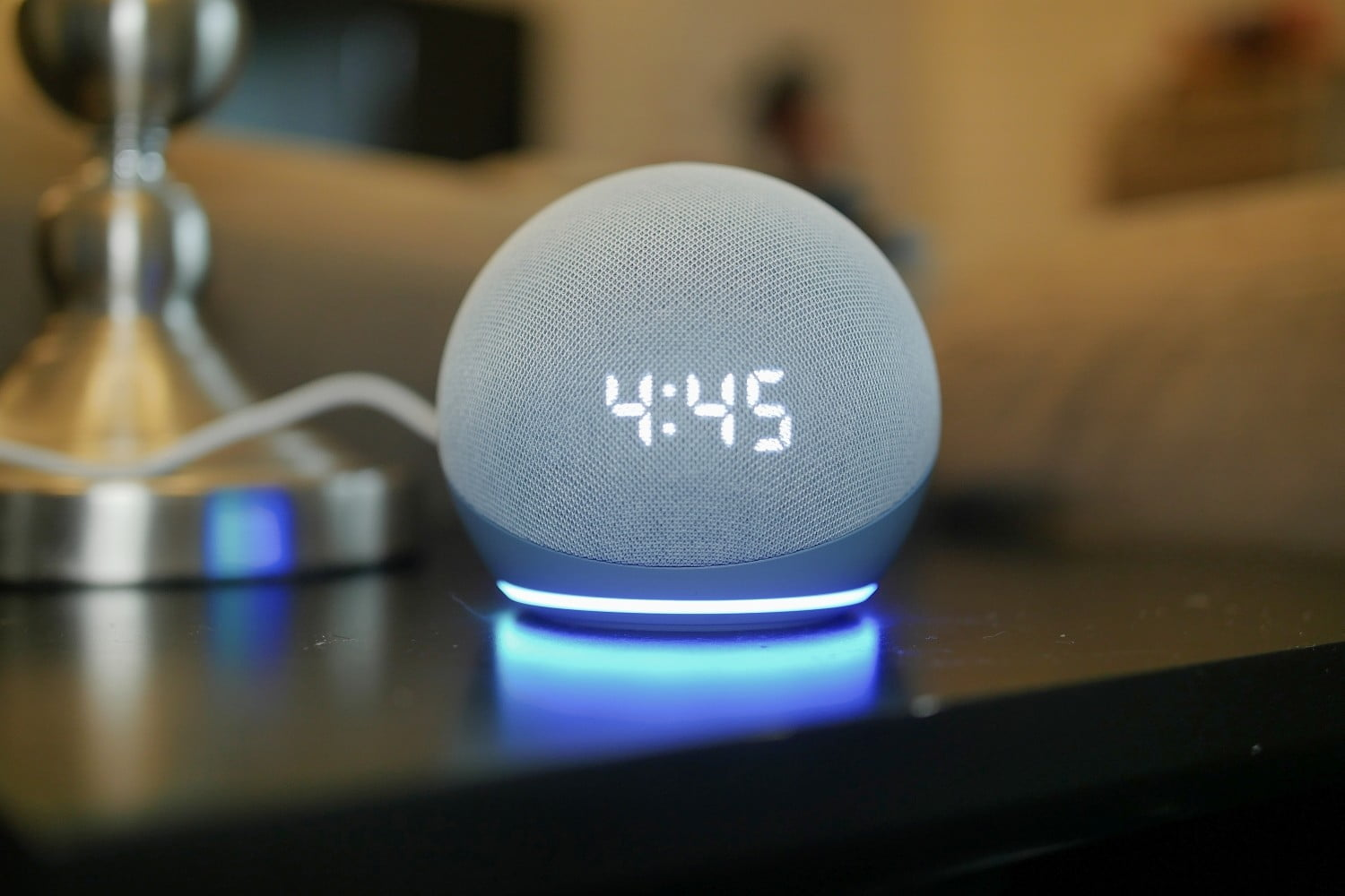 Amazon Echo vs. Dot: The Battle of the Siblings of Speakers