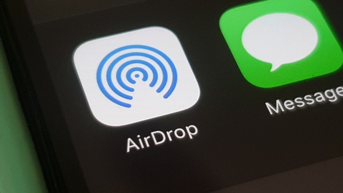 An Apple AirDrop vulnerability could leak user information to anyone in the vicinity: Researchers