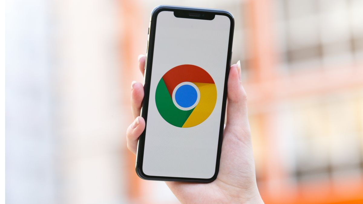 The new Google Chrome update for iPhone and iPad includes widgets - here's how to use them