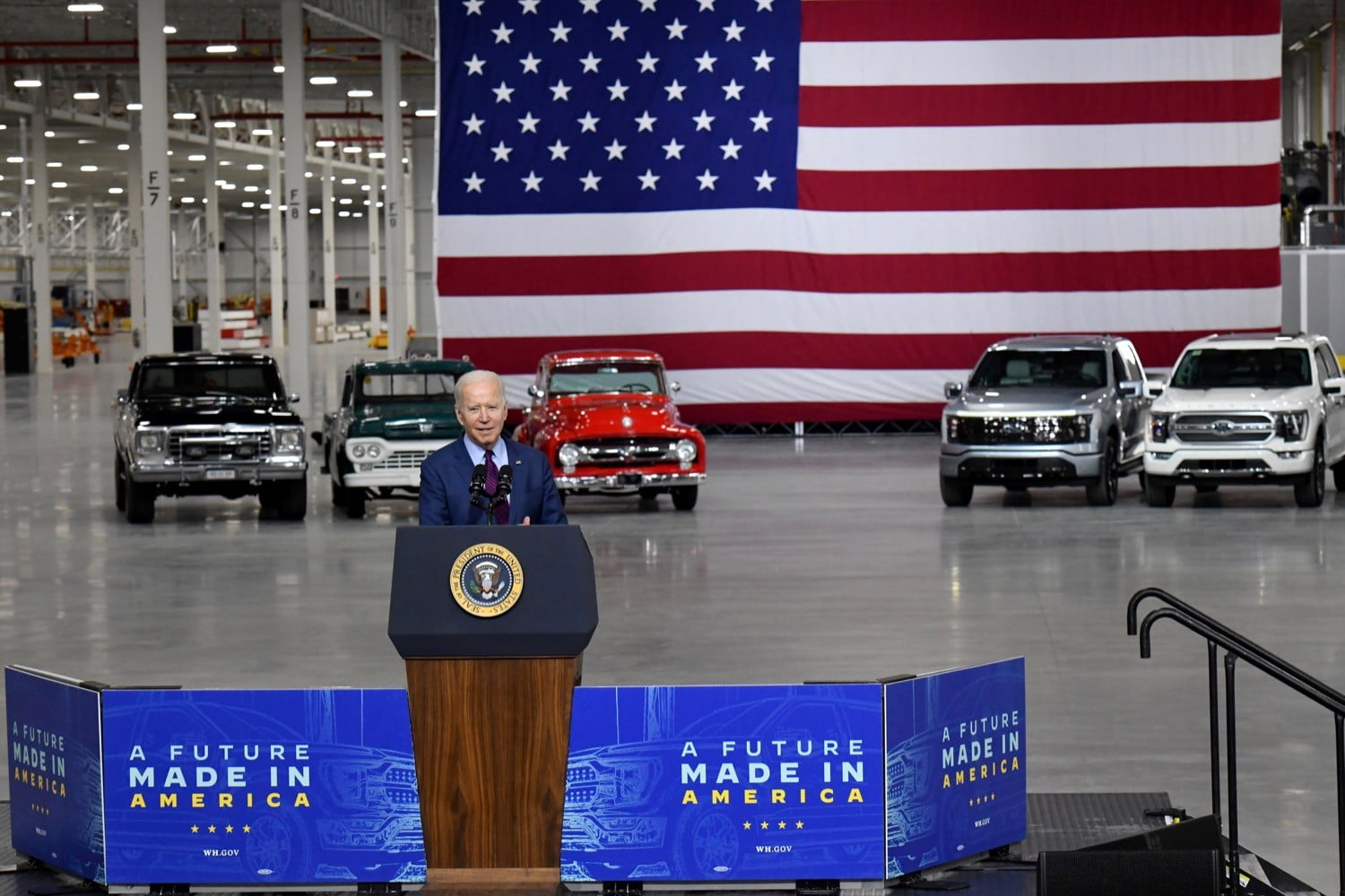 President Biden drives a 2022 Ford F-150 electric motor