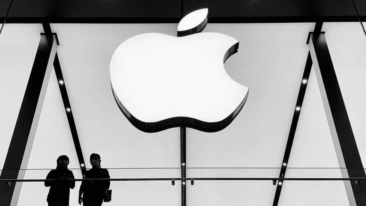 Apple pays millions after employees have posted explicit photos of students on Facebook