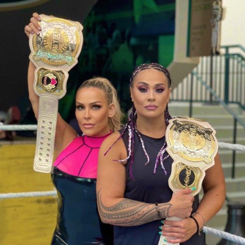 WWE women, Natalya and Tamina 💋