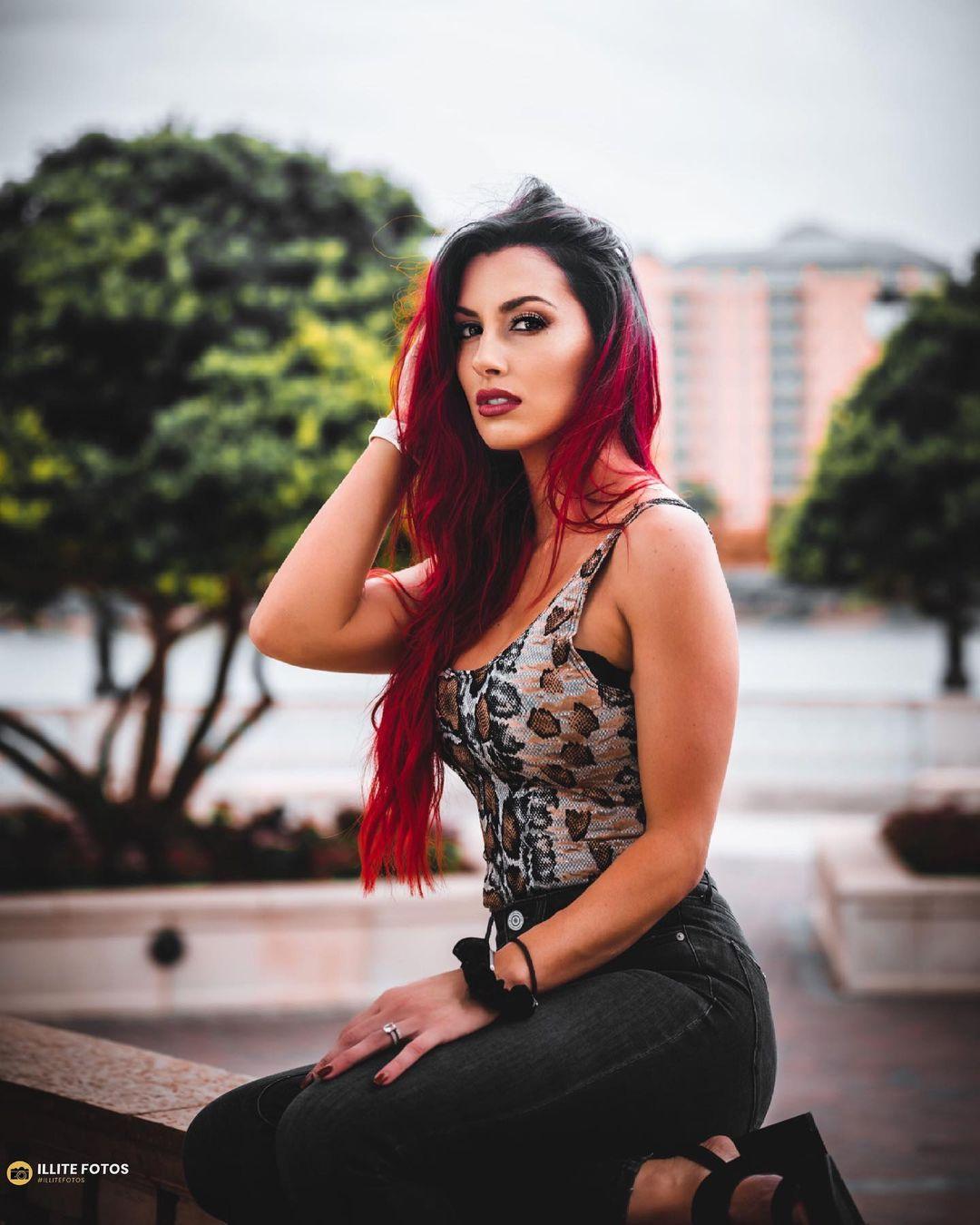 WWE Women 🌈, Santana Garrett 💋
