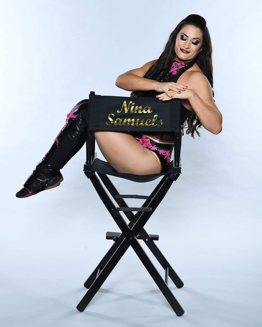 WWE Women 🌈, � Nina Samuels �