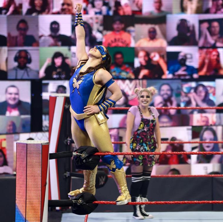Alexa Bliss & amp;  Nikki Cross vs. Nia Jax & amp;  Shayna Baszler - Money in the bank