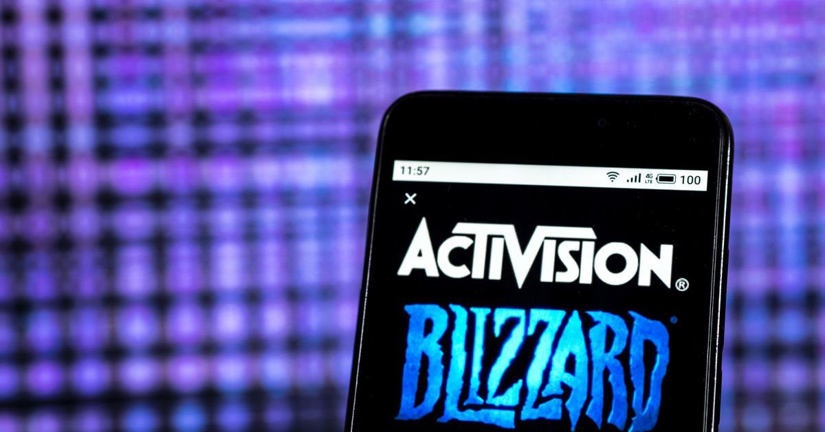 Nearly a thousand Activision Blizzard employees are insulting their response to the harassment lawsuit