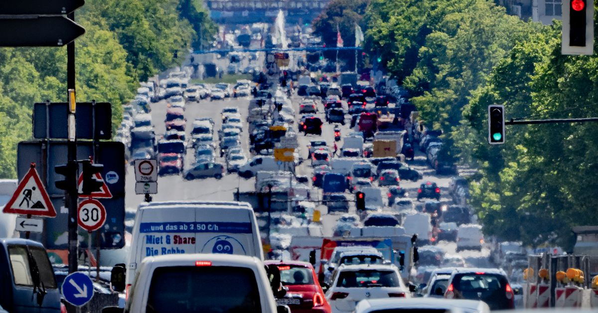 The EU is proposing to phase out new internal combustion engines by 2035