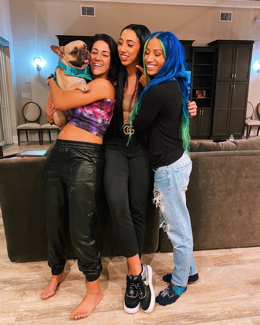 WWE Women 🌞, Indi Hartwell, Bayley, Sasha Banks 💋