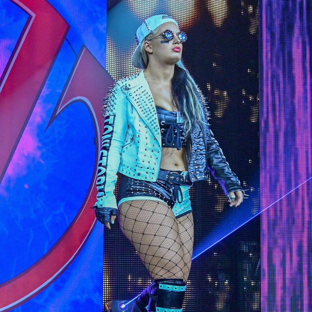 WWE Women Com, Coming soon to Smackdown
