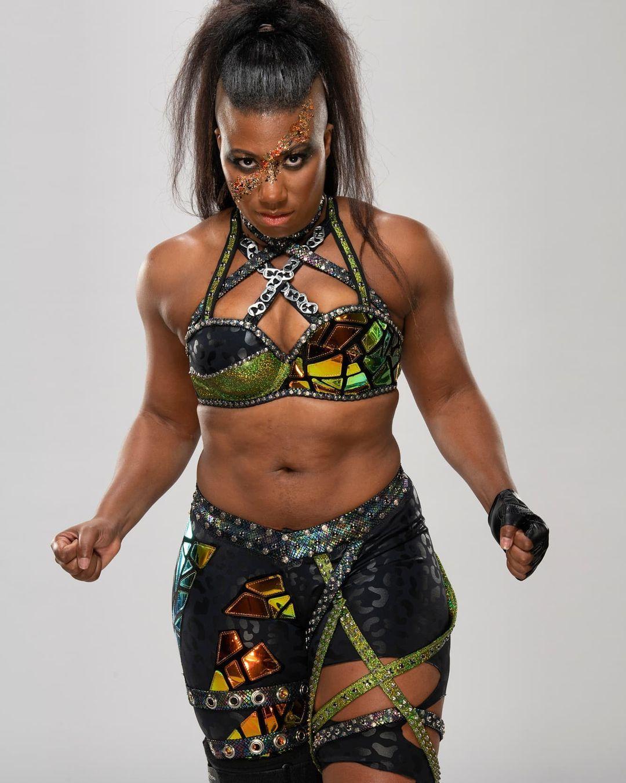 WWE Women 🌞, ❇ Ember Moon ❇