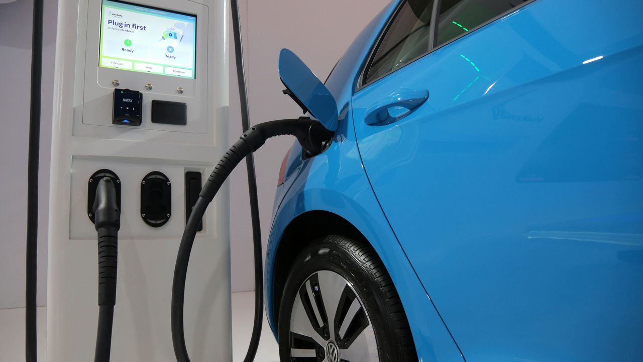 Canada reports that only zero-emission vehicles will be sold in the country by 2035 - Technology News, Firstpost