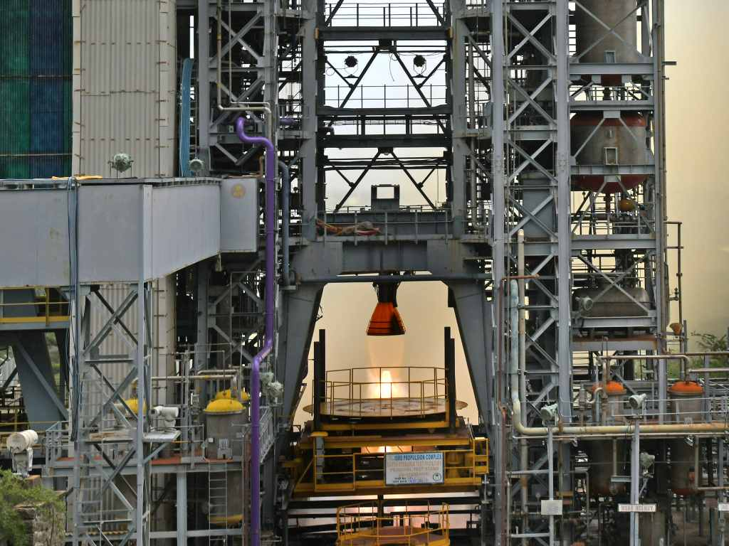 On July 14, 2021, ISRO successfully completed the third long-term heat test of the Gikas engine of the Vikas engine for the core L110 of the GSLV MkIII rated vehicle as part of the engine qualification requirements of the Gaganyaan program.  Photo credit: ISRO