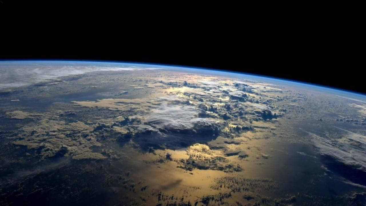 Satellite data show Mesosphere shrinking to 650 feet in a decade: Study- Technology News, Firstpost