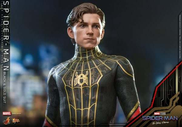 Spider-Man-Off-Road-Home-Hot-Toys-Black-Gold-Suit-3-600x420