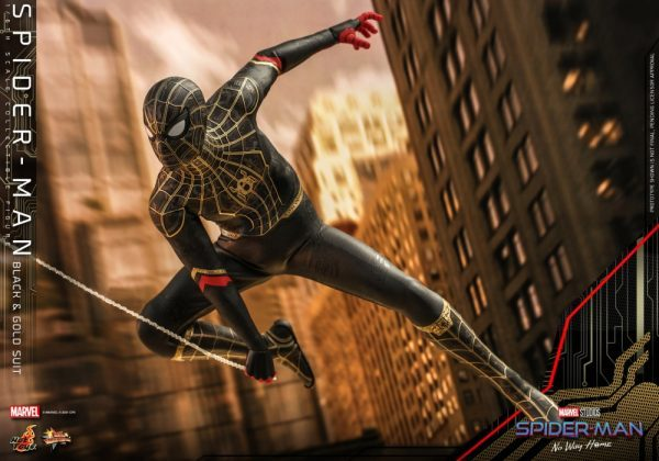 Spider-Man-No-Way-Home-Hot-Toys-Black-Gold-Suit-4-600x420