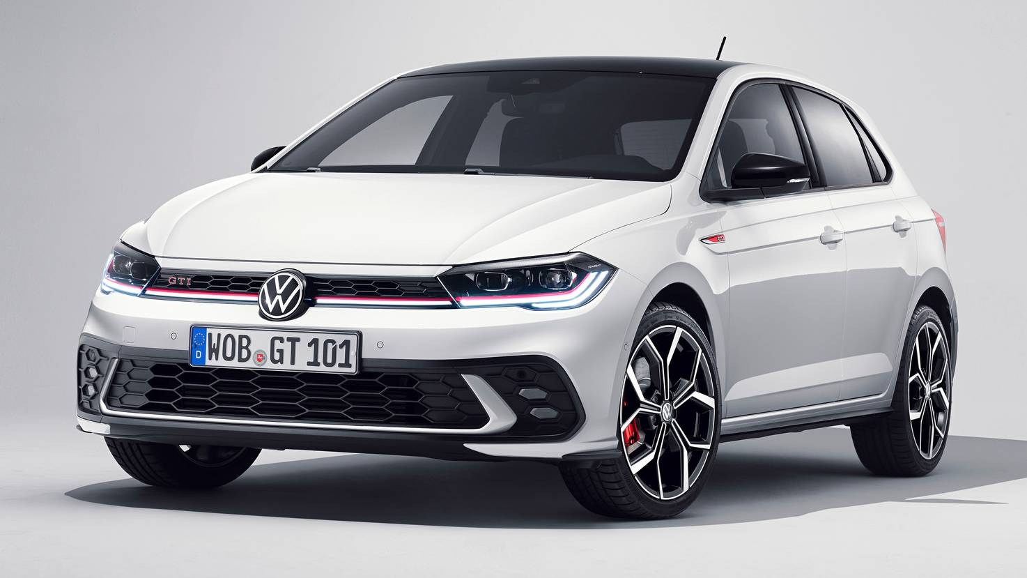 Volkswagen Polo GTI facelift makes world premiere, gets 207 hp engine and 7-speed DSG- Technology News, Firstpost