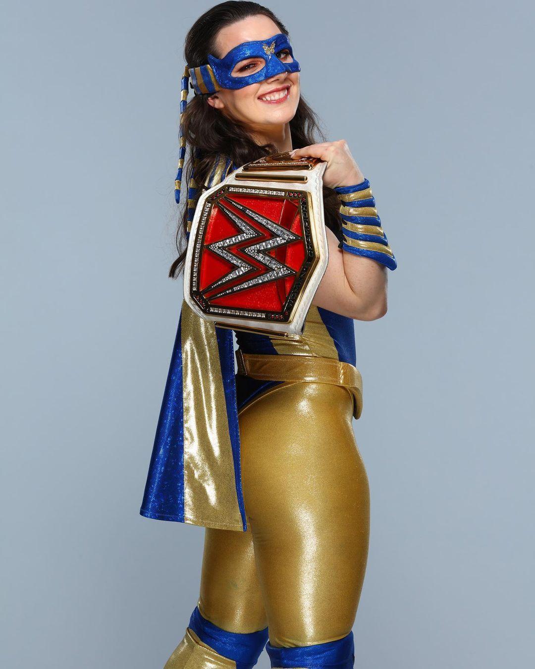 WWE Women 🌞, � Nikki ASH �