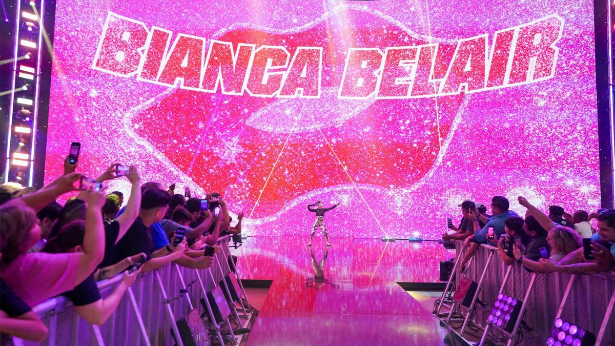 Bianca Belair vs. Carmella - SmackDown Women's Championship MatchSmackDown: July 16, 2021 -...