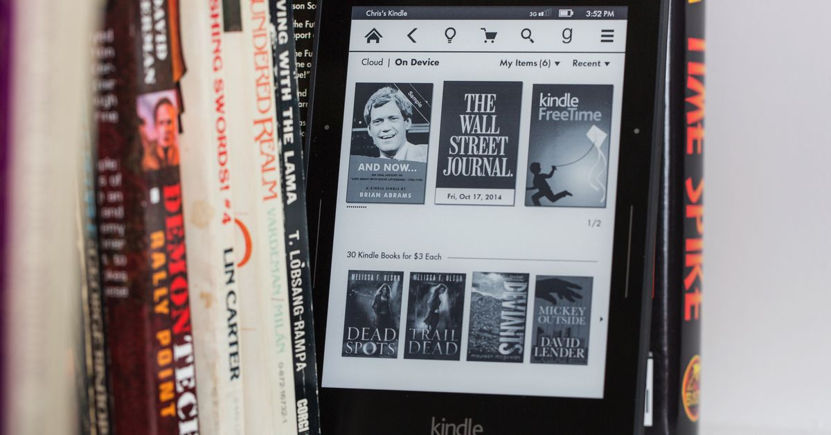 Amazon's older Kindles will begin losing their Internet connection in December