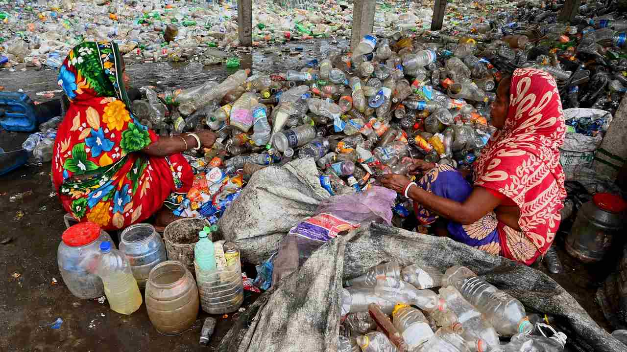 The Indian plans to end the decommissioning of disposable plastic products by 2022.  Here are all the plastic products that are banned
