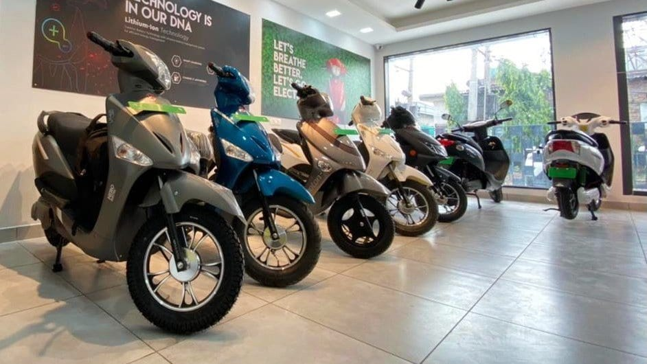 Hero Electric sold more than 4,500 medium-speed e-scooters last month, more than 10 times more than in July 2020-Technology News, Firstpost