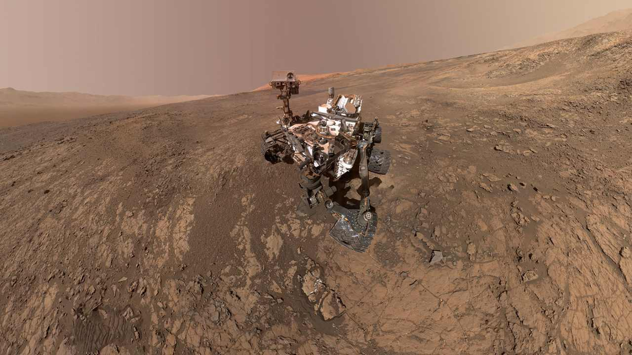 NASA's Mars Tramp Curiosity Spends Nine Years on Red Planet - Technology News, Firstpost
