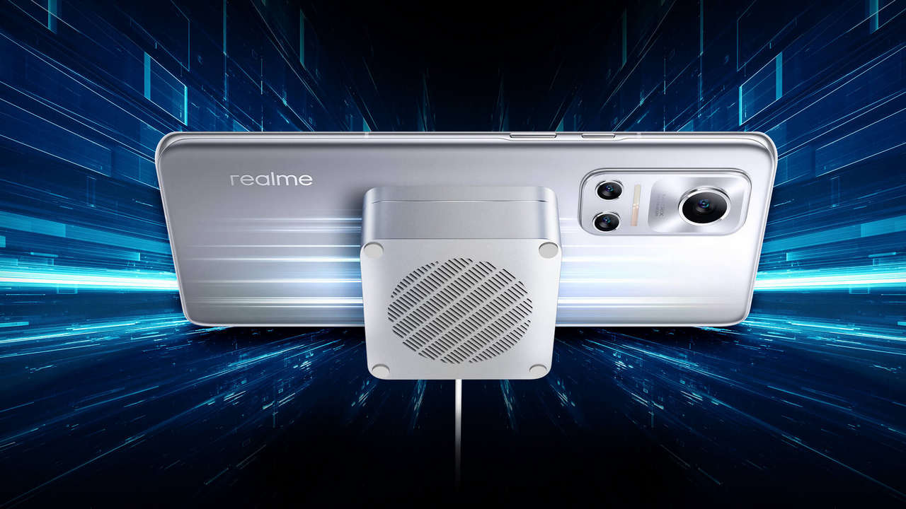 Realme Introduces MagDart Magnetic Wireless Charging Technology with 15W and 50W Chargers - Technology News, Firstpost
